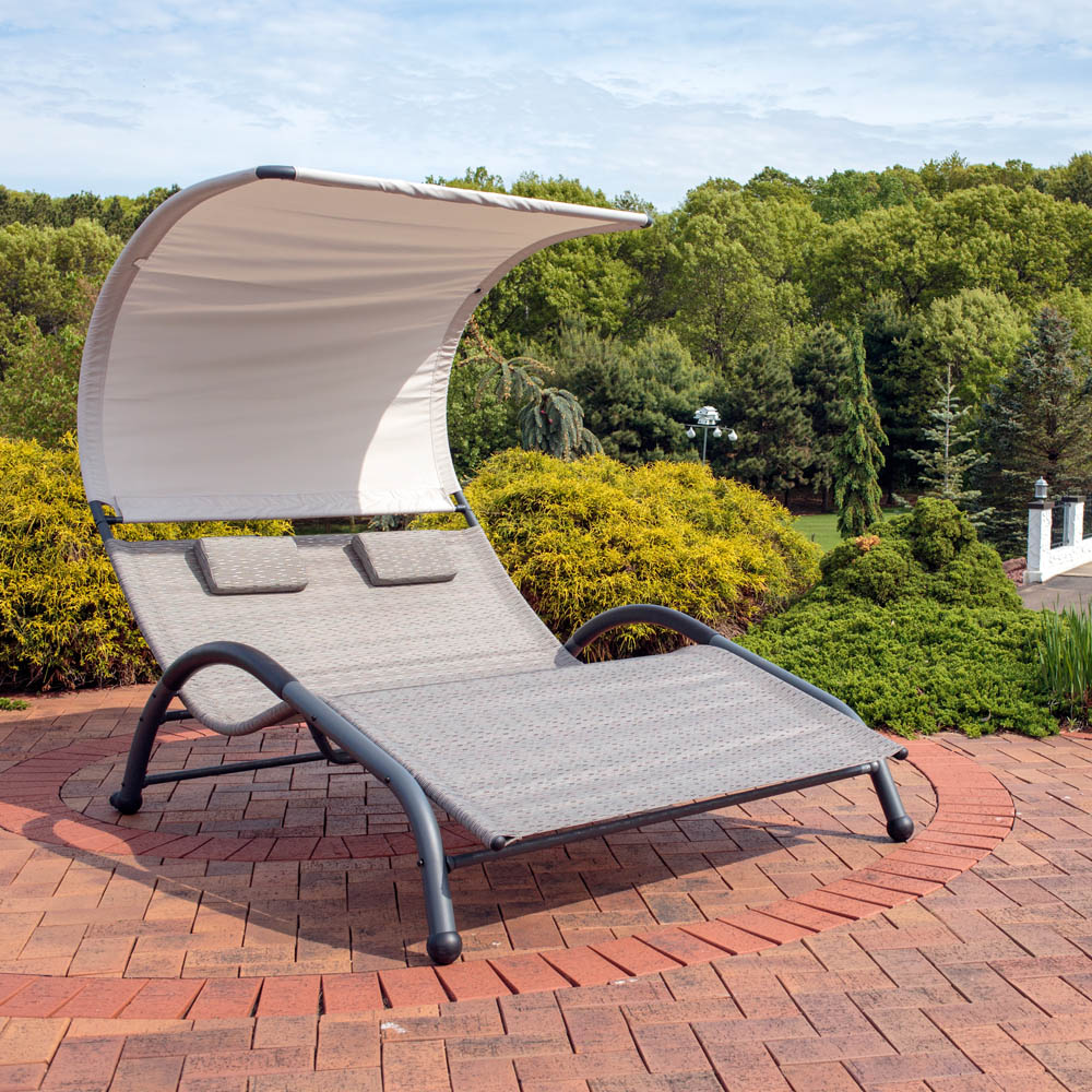 Sunnydaze outdoor double chaise lounger sunbed w canopy for Chaise lounge canopy