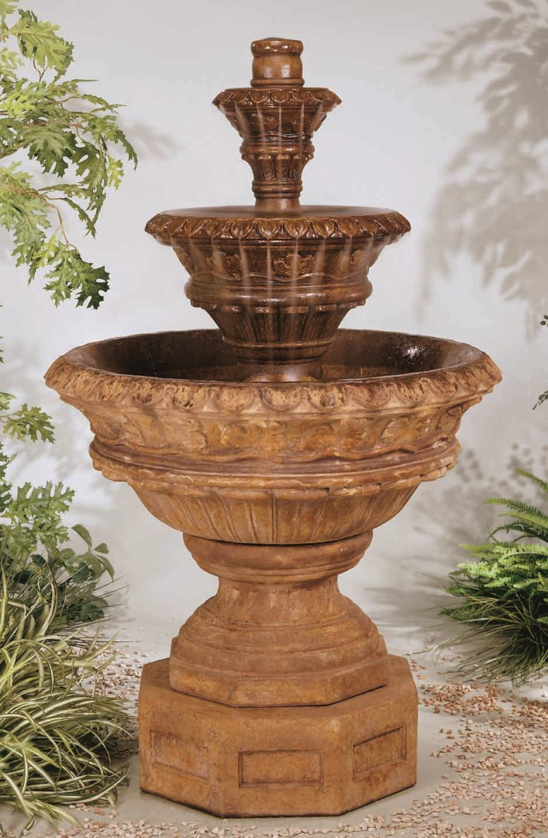 Valencia Three Stone Fountain Studio Photo