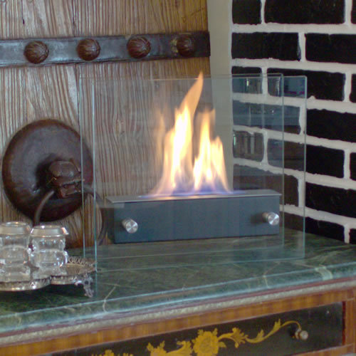 Flame Irradia Noir Portable Ethanol Fireplace Photo