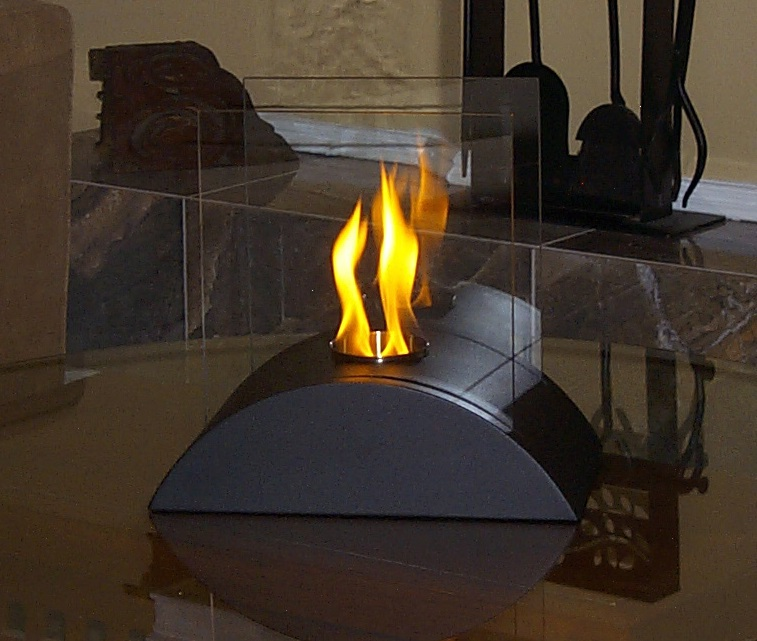 Estro Tabletop Decorative Ethanol Indoor Outdoor Fireplace Photo