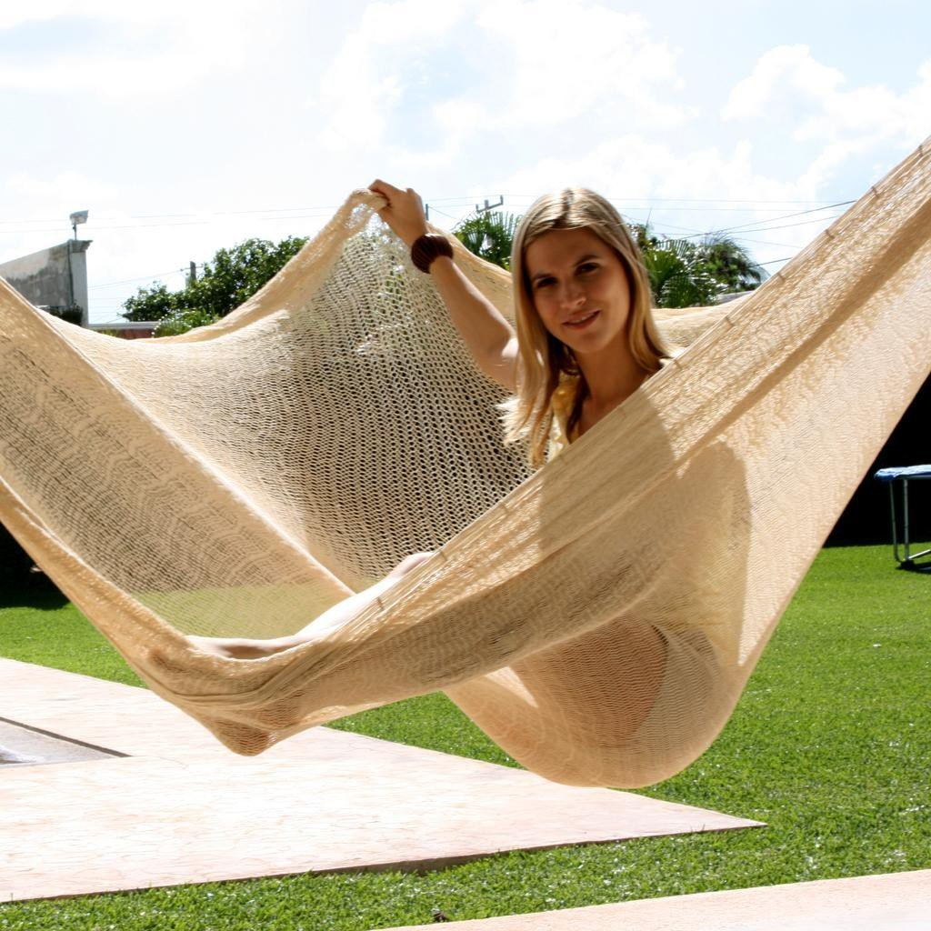 Sunnydaze Portable Hand Woven Person Mayan Hammock Jumbo Size Natural Pound Capacity Picture 794