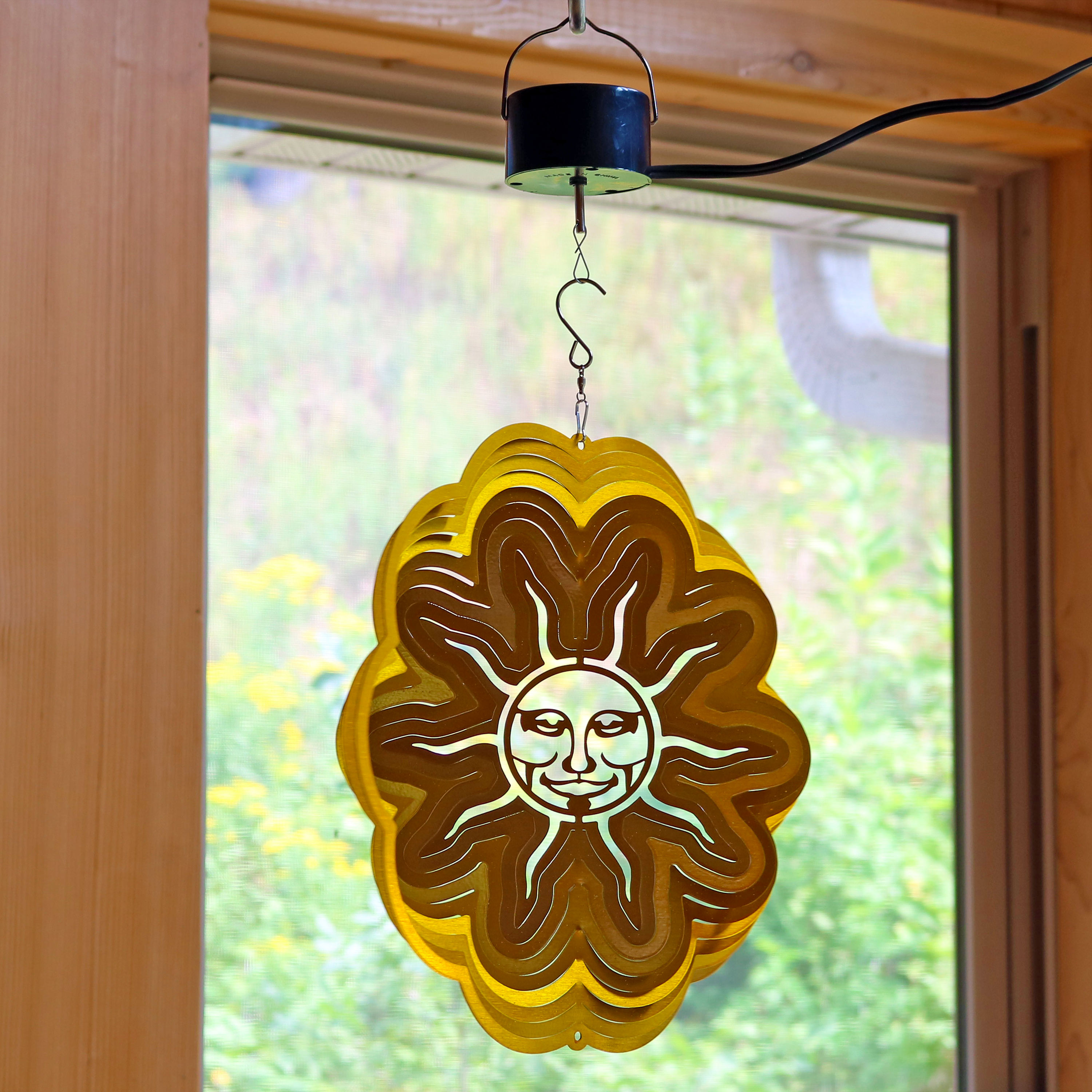 Sunnydaze 3D Sun Wind Spinner with Hook, 12-Inch, Yes, Corded Electric Motor