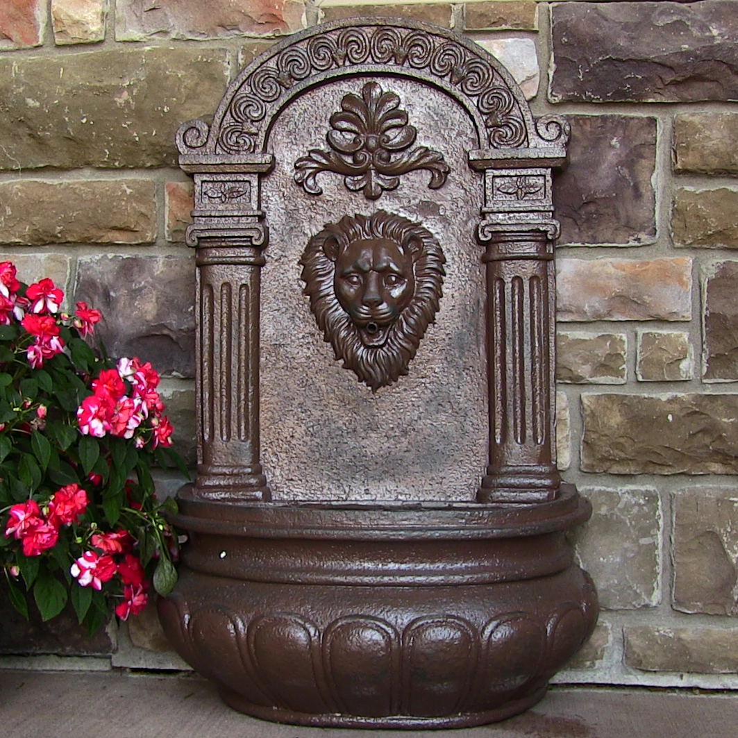 Sunnydaze Imperial Lion Outdoor Wall Fountain Picture 406